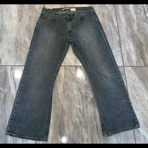 Gap 1969 MENS 35 X 30 JEANS Distressed